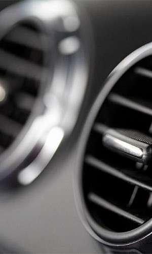 Ar condicionado automotivo para carro blindado