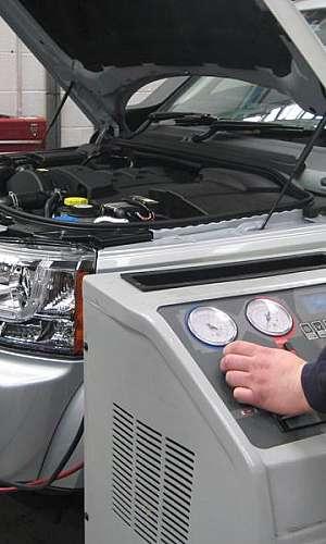Conserto de ar condicionado para carros blindados
